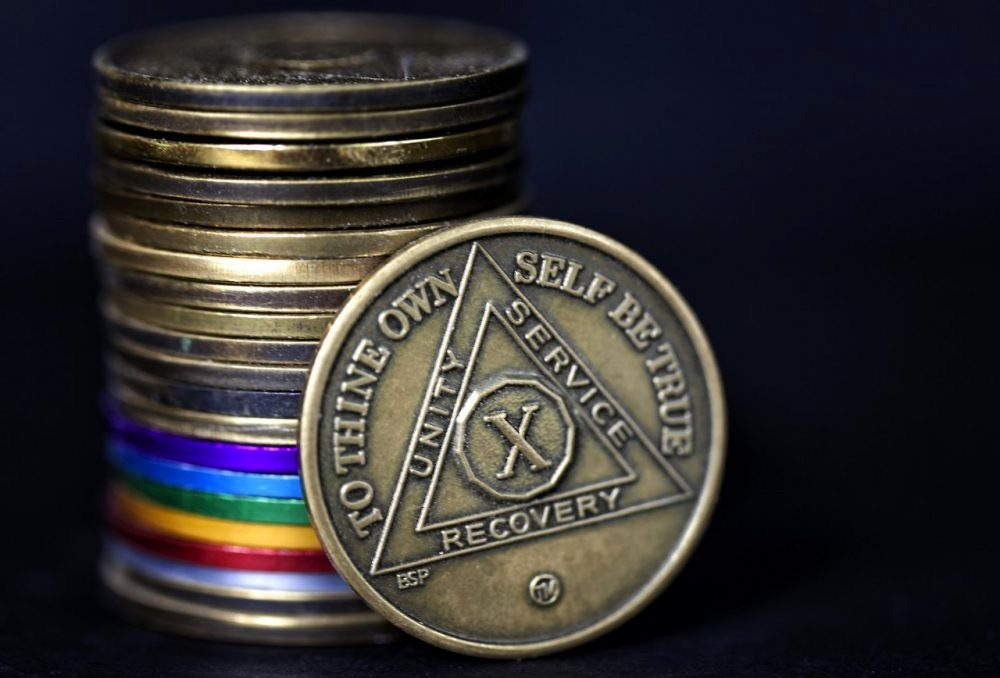 Alcoholics Anonymous AA 27 Year NEW Bronze Medallion Coin  Chip Token metal