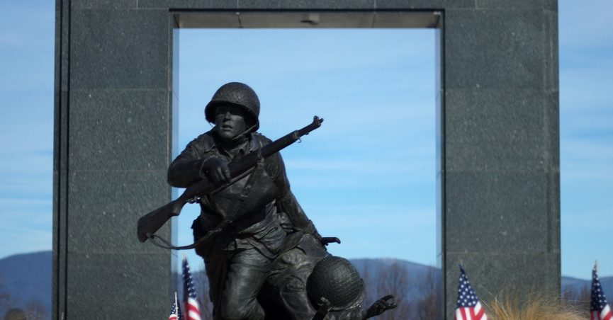 Barack Obama And The D Day Monument