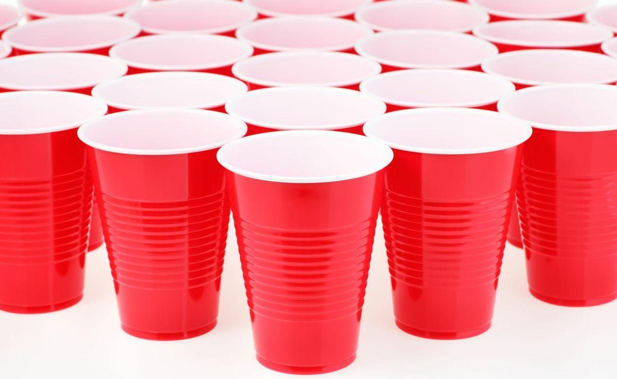 fact check: measuring lines on red solo cups