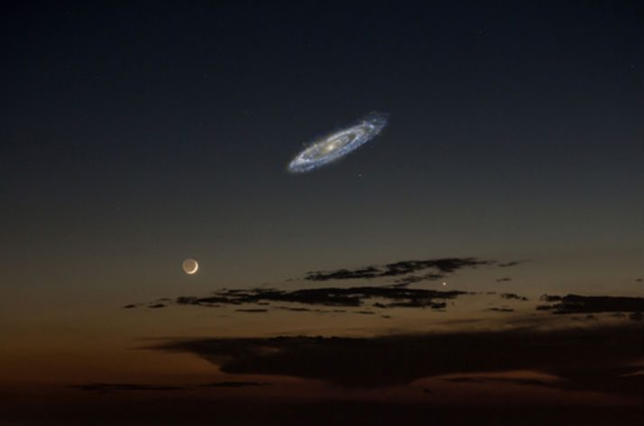 FALSE: 'Photograph Taken Without a Telescope' Shows Andromeda Galaxy Next to the Moon