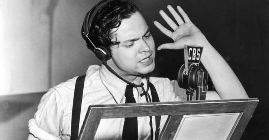 Did the 1938 Radio Broadcast of 'War of the Worlds' Cause a Nationwide  Panic?