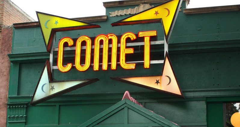 Is Comet Ping Pong Pizzeria Home to a Child Abuse Ring Led by