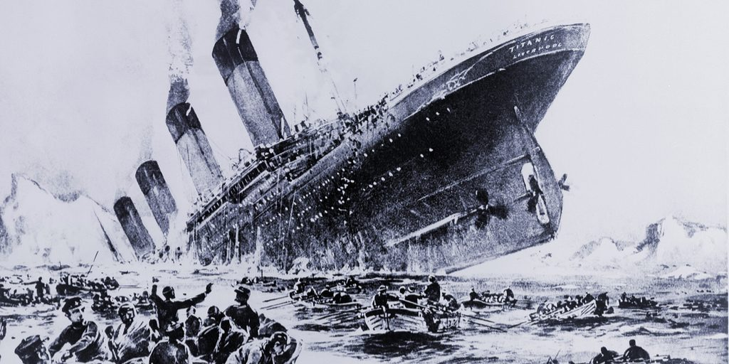 what time did the titanic sink