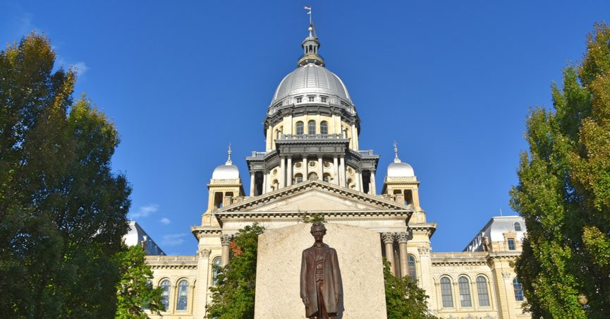 Exterior shot of Illinois State Capitol building