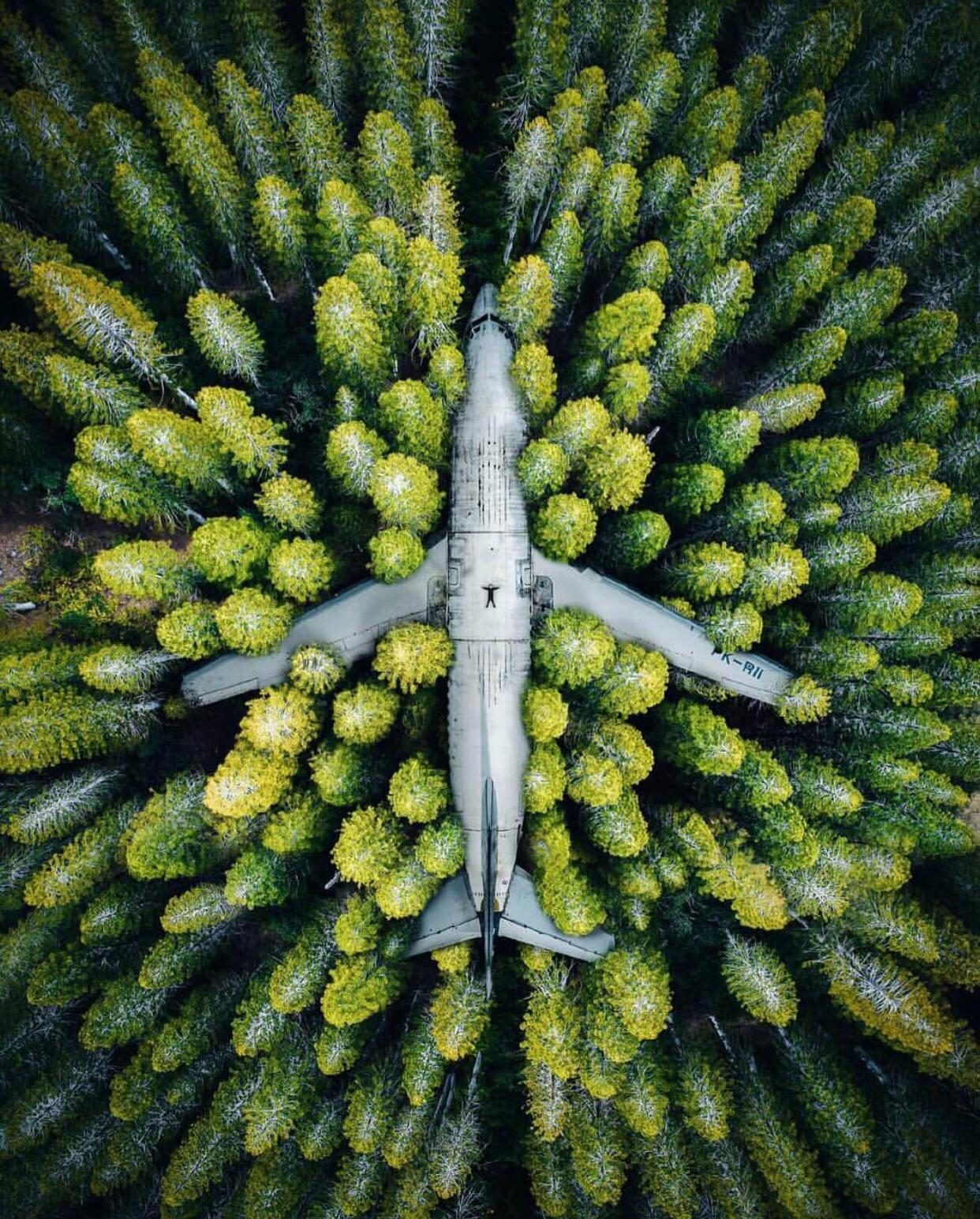 fact check is this image an aerial view of an airplane abandoned in