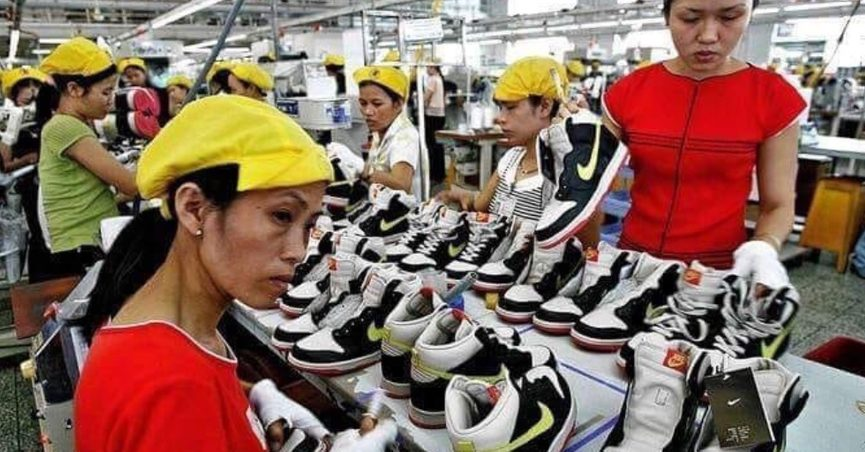 Satisfacer rechazo Feudo  Do Nike Factory Workers in Vietnam Earn 20 Cents Per Hour?