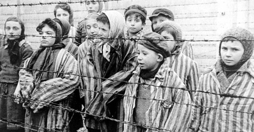 Is This a Photograph of Nazi SS Troops Shooting a Child?