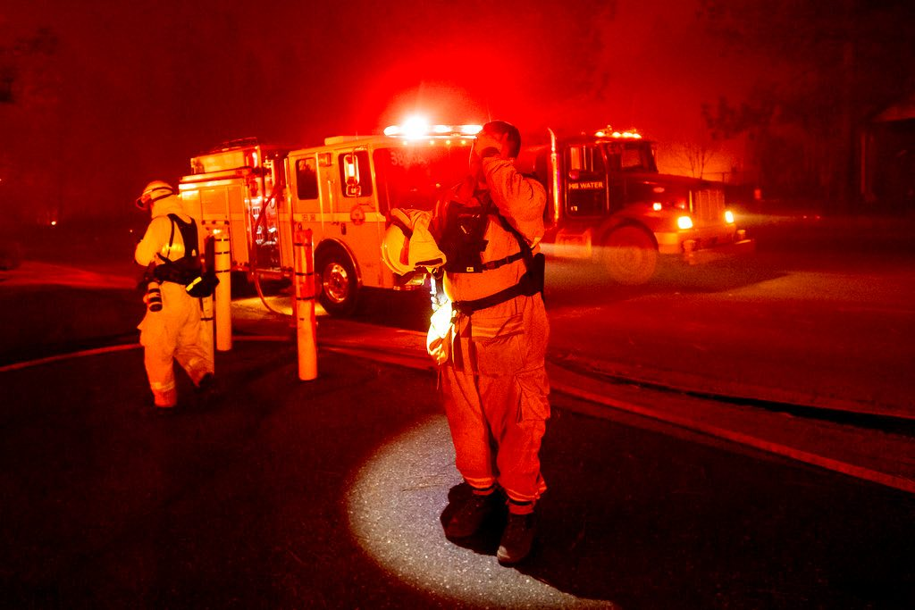 Wildfire Destroys Thousands of Buildings in California Town