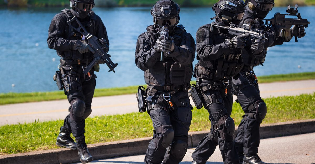 german swat team accidentally barges in on 88 year old woman S.W.a.t Equipment