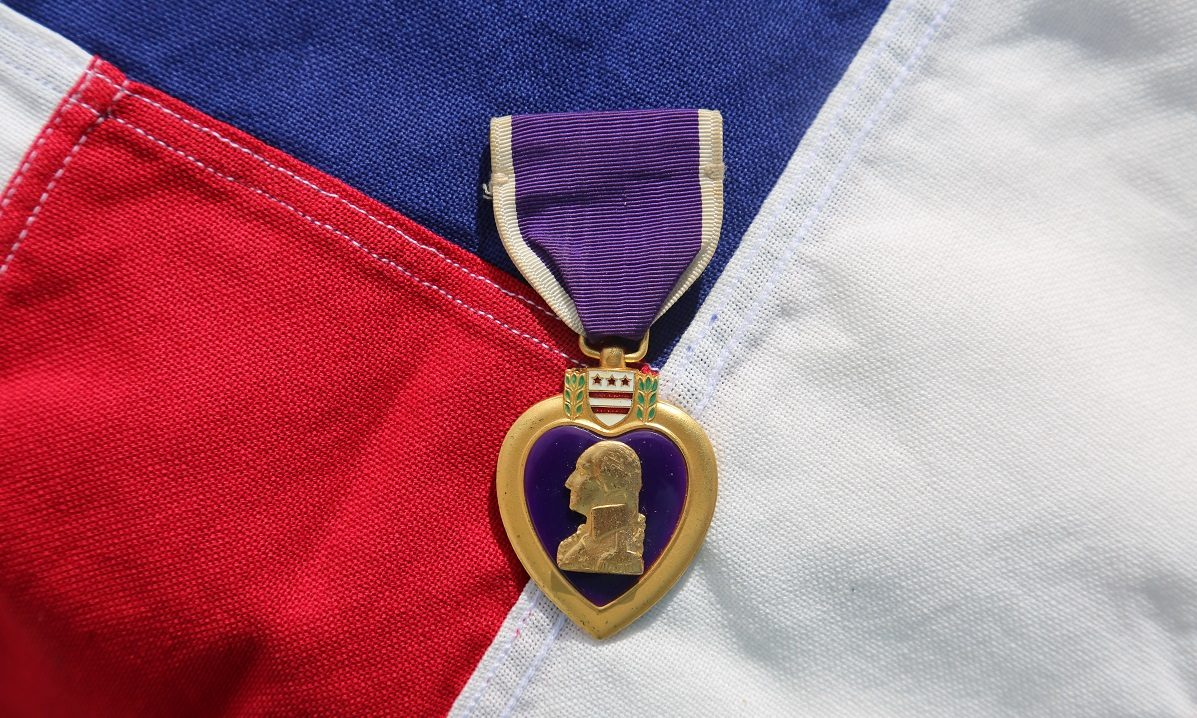 FACT CHECK: Did President Trump's Awarding of a Purple Heart to a Wounded Vet Go Unreported by News Media?