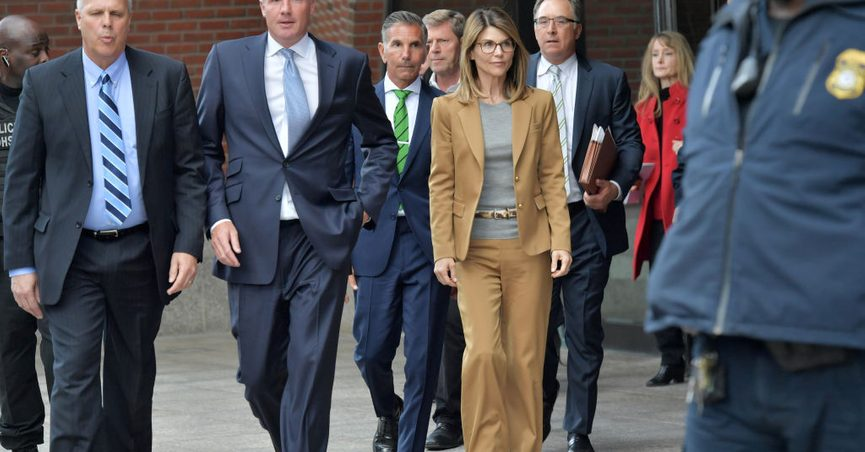 f8ca629c0c87 Celebrity College-Admissions Scam Draws Comparisons to Cases of  African-American Moms Sent to
