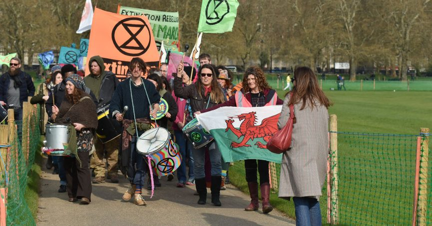 Were Piles of Rubbish Left in Hyde Park By Global-Warming Protesters?