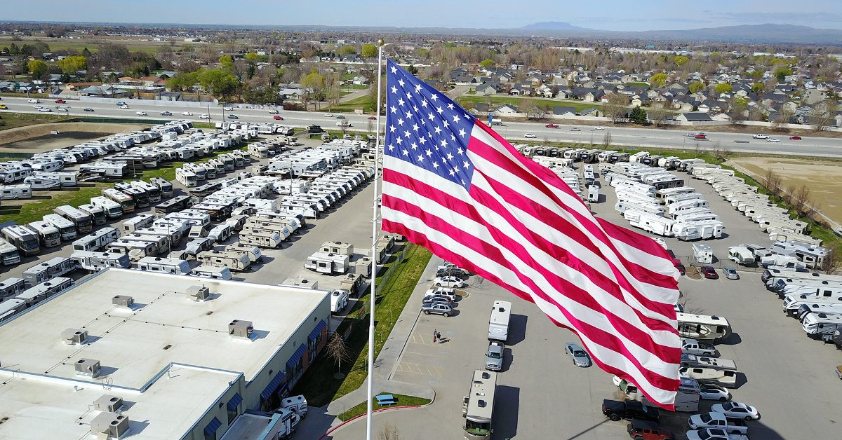 FACT CHECK: Did Statesville, NC, Try to Stop Camping World from Flying the US Flag? - Snopes.com