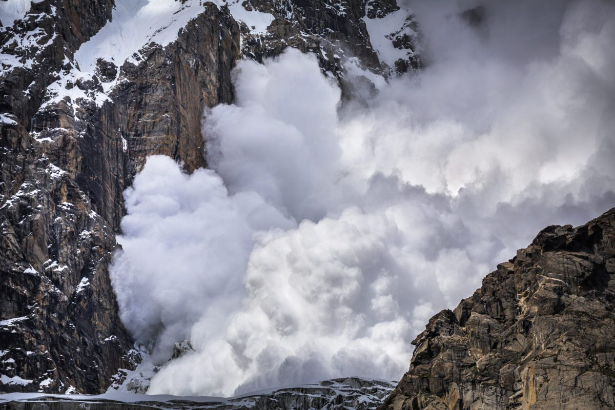 Did a Father Abandon His Family During an Avalanche?