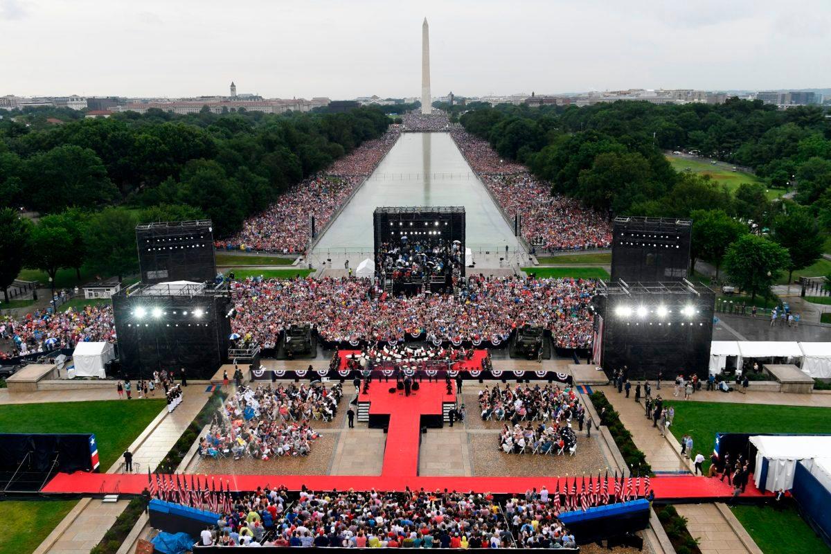 Does This Photo Show the Crowd at Trump's Fourth of July Event?