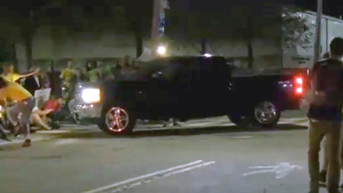 Immigration Protesters Say 2 Hurt When Truck Drives at Them