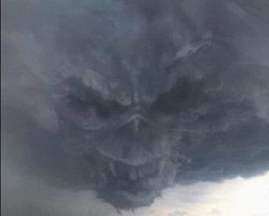 Does This Photo Capture a Skull-Like Face in the Clouds?