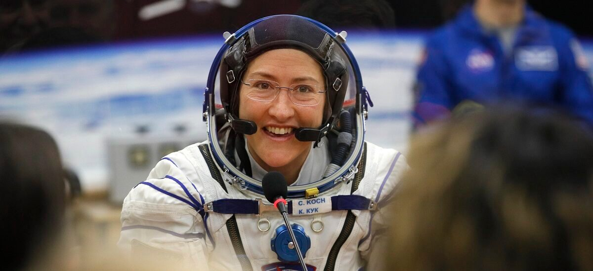 Astronaut Craves Salsa and Surf After Record 11 Months Aloft - snopes