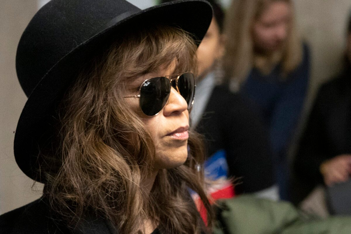 Actress Rosie Perez Says She Was Told of Weinstein Rape - snopes