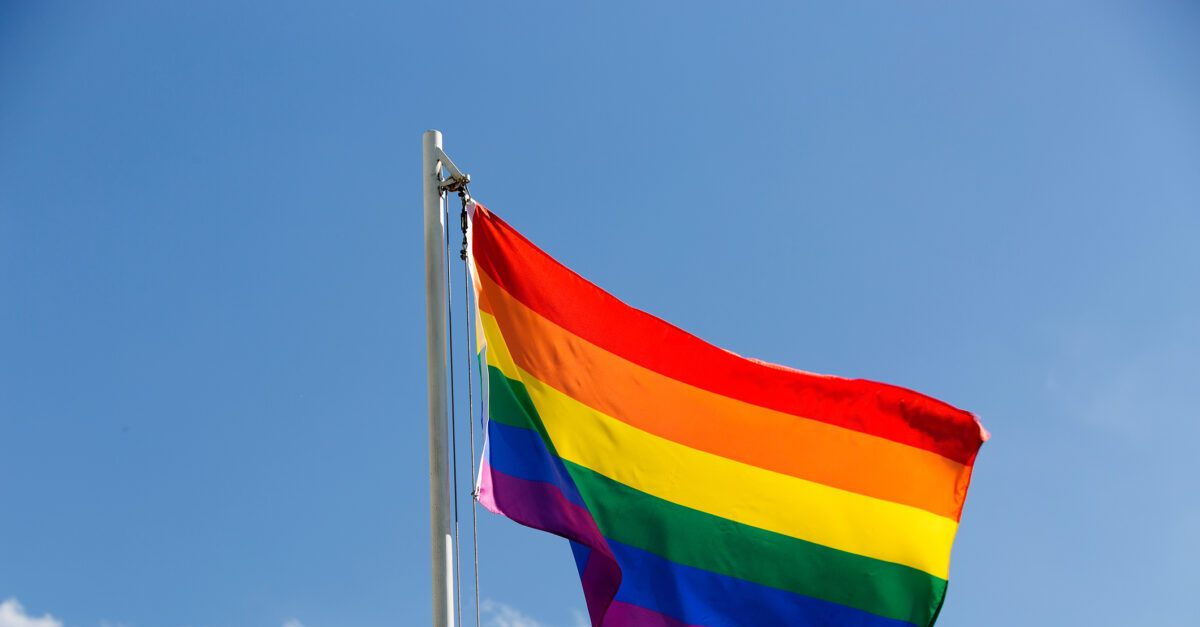 Did a Christian School Expel a Student For Wearing Rainbow-Patterned Sweater? - snopes