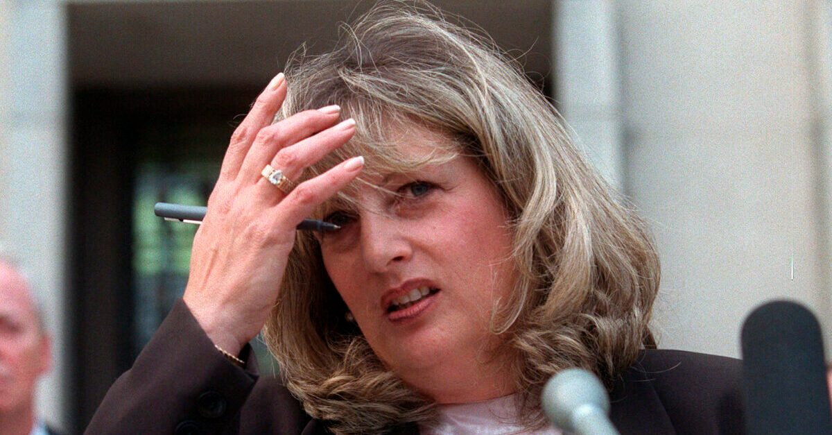 Linda Tripp, Whose Tapes Exposed Clinton Scandal, Dies at 70 - snopes