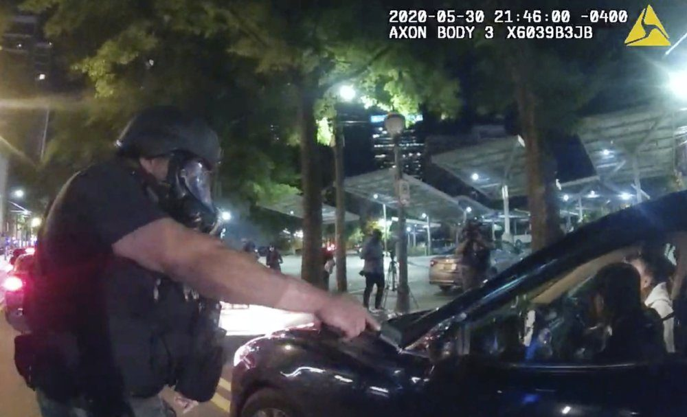 6 Atlanta Officers Charged After Students Pulled From Car - snopes