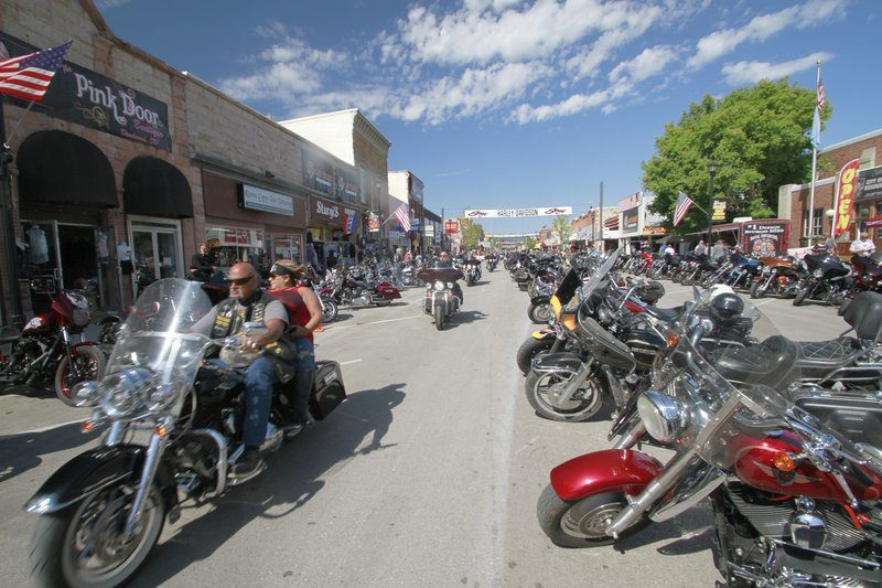 Harleys Everywhere, Masks Nowhere: Sturgis Draws Thousands - snopes