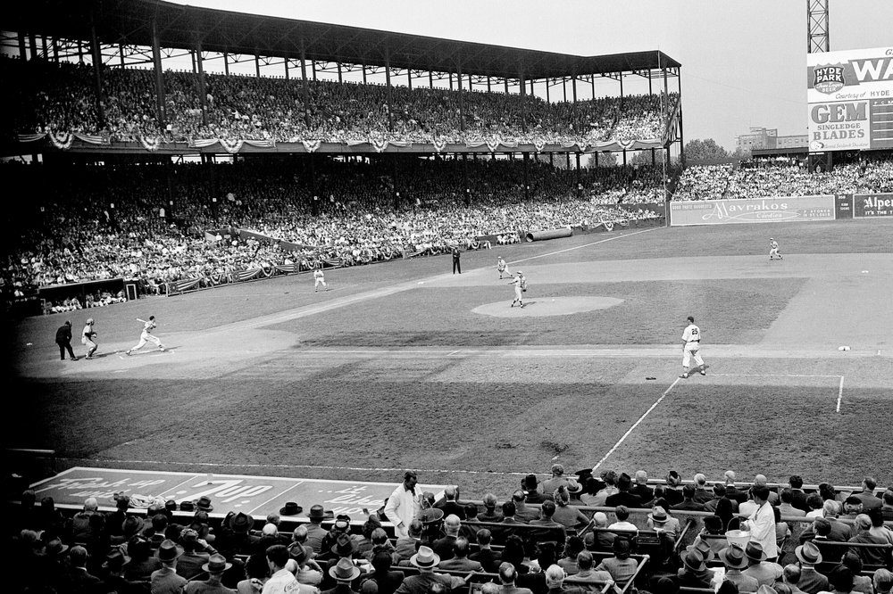 Remembering the Last World Series to Be Played in One Ballpark - snopes