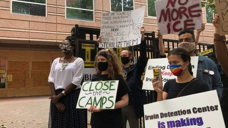 US Agrees for Now to Stop Deporting Women Who Alleged Abuse - snopes