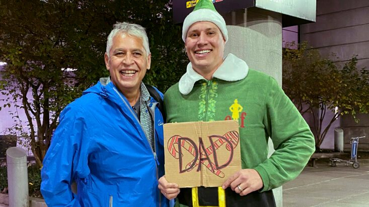 Scene from 'Elf' Comes to Life as Buddy Meets Dad in Boston - snopes