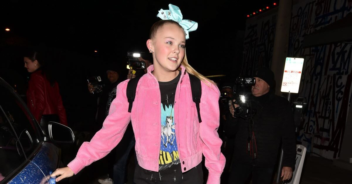 Did JoJo Siwa Come Out as Gay? - snopes