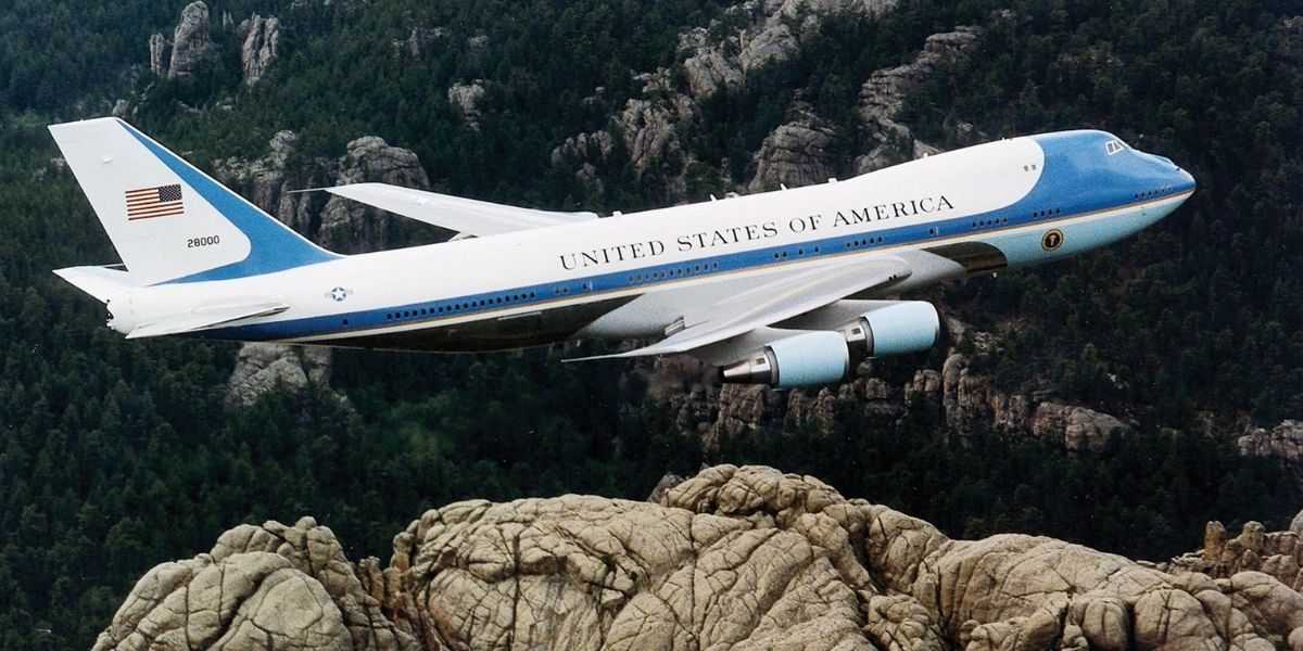 Did Air Force One Change Call Signs Mid-Flight After Nixon's Resignation? - snopes