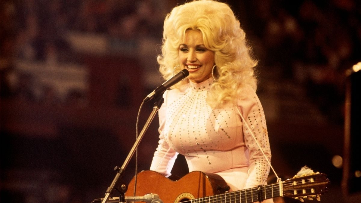 Did Dolly Parton Say This About 'Dixie' Being An 'Offensive' Word?  - snopes