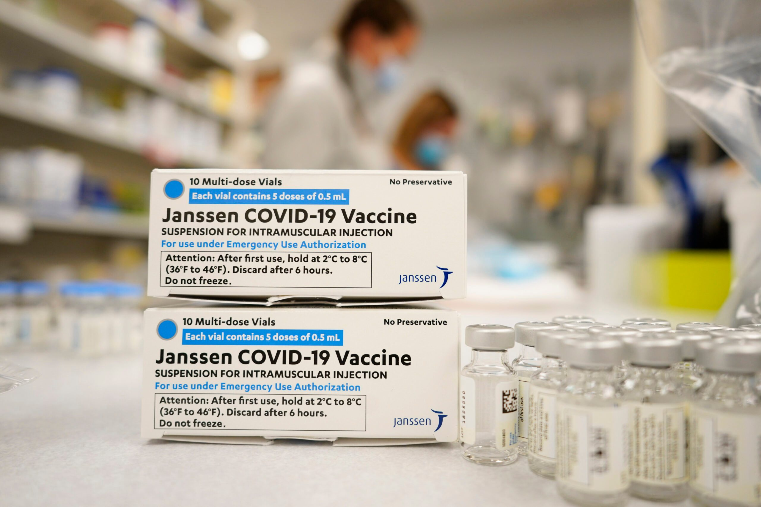 Fauci Says He Expects J&J Vaccine to Resume Later This Week - snopes