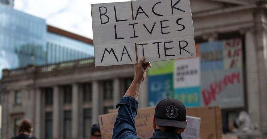 """We looked into rumors that the International Olympic Committee banned """"Black Lives Matter"""" apparel at the 20 Olympic Games."""