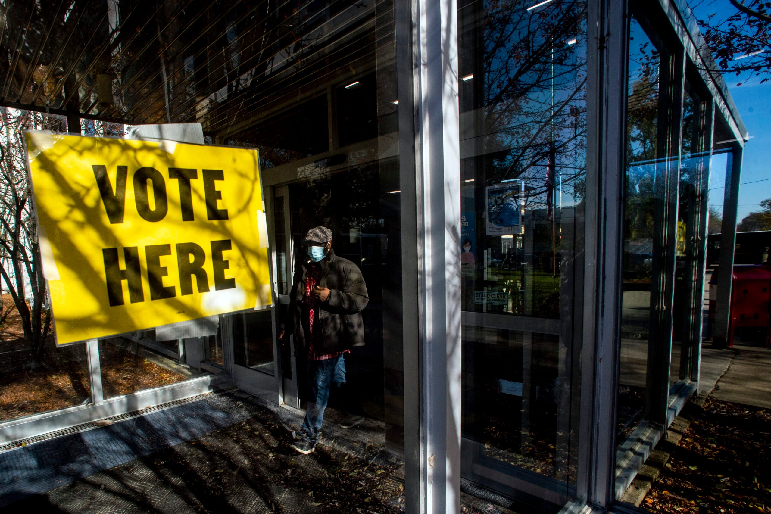 Michigan Republicans Pass Bills to Add Voter ID Requirements - snopes