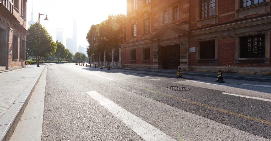 The claim is that U.S. cities are using sunblock on pavement to combat heat.