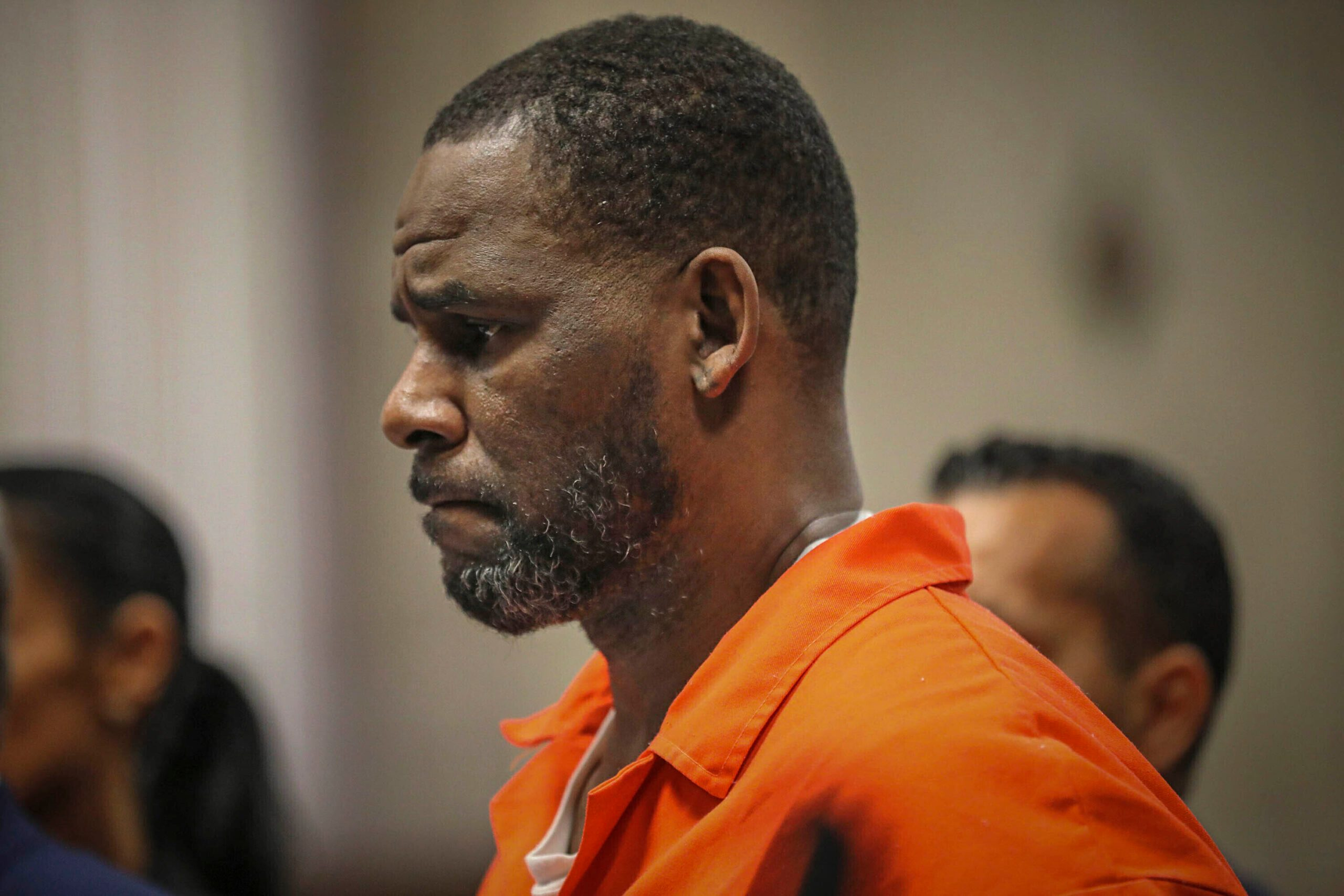 Prosecutors Air More Claims in R. Kelly Case; 1 Involves Boy - snopes
