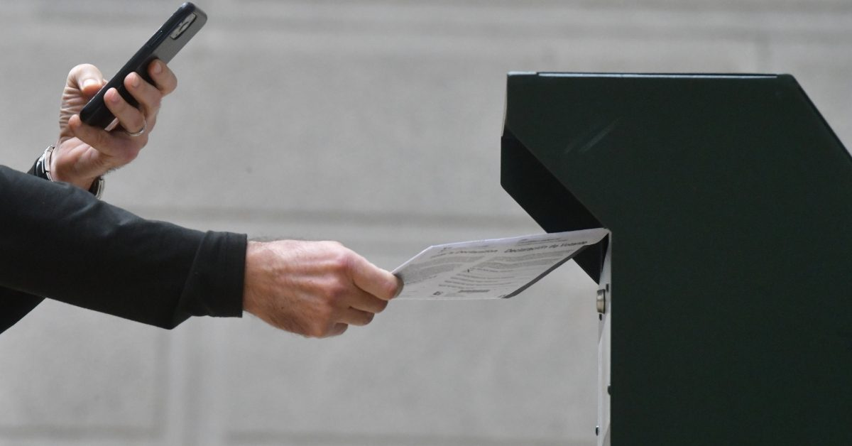 Yes, All Registered Voters in California Will Receive Ballots By Mail Going Forward - snopes