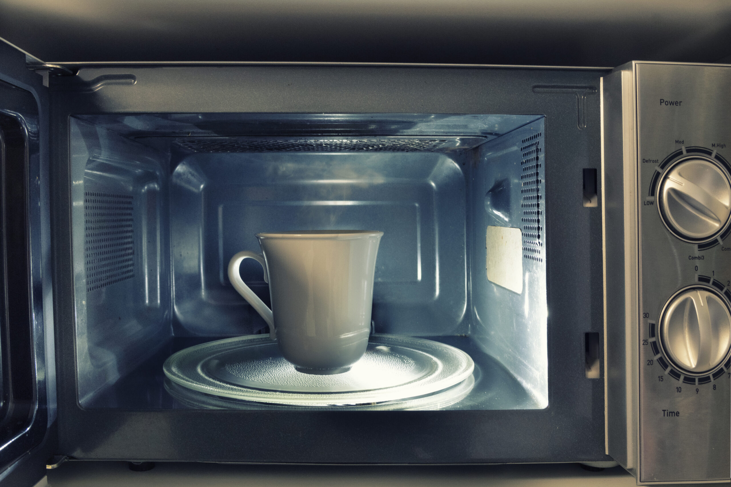 Can Water Boiled In A Microwave