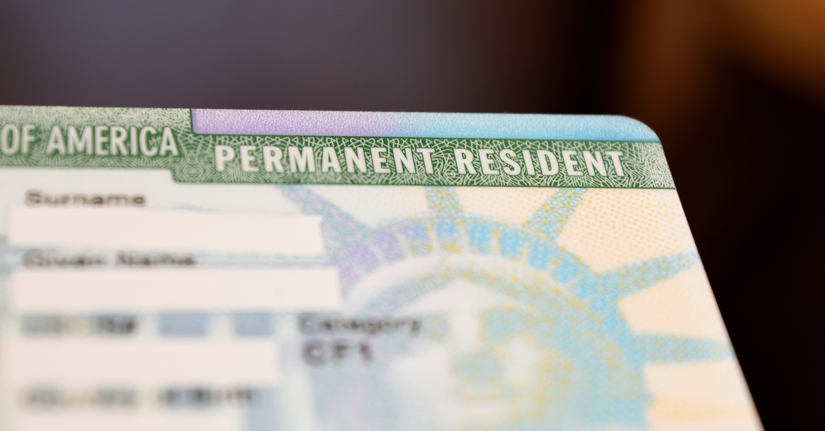 Did the United States Army Ban Green Card Holders From Enlisting?